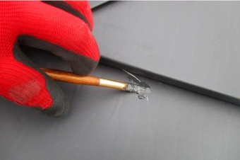 ガルバリウム鋼板補修の様子