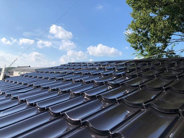 屋根板金の中塗り塗装完成