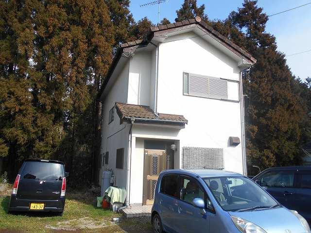 藤和ハウジング様から美浦村の貸家の雨樋修理の依頼を受けました