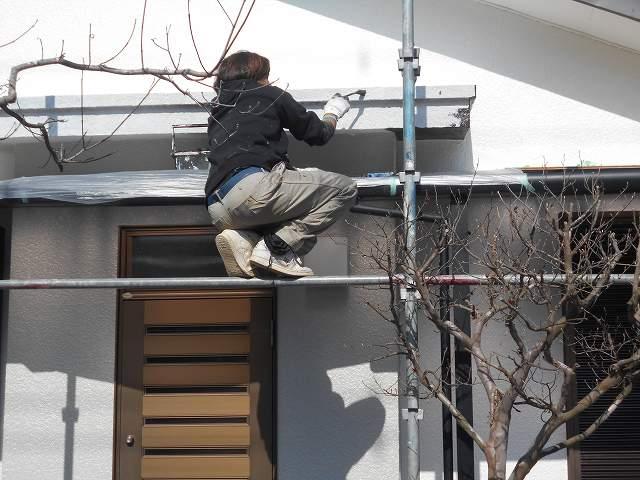 つくば市のM様邸の、本日の工事は、塗装工事の上塗り工事です。