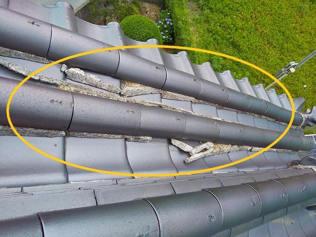 屋根漆喰の剝がれ落ち 蔵屋根修繕工事