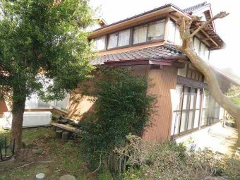 家の沈下工事