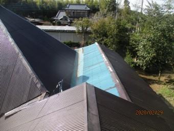 波板トタンの葺き替え工事
