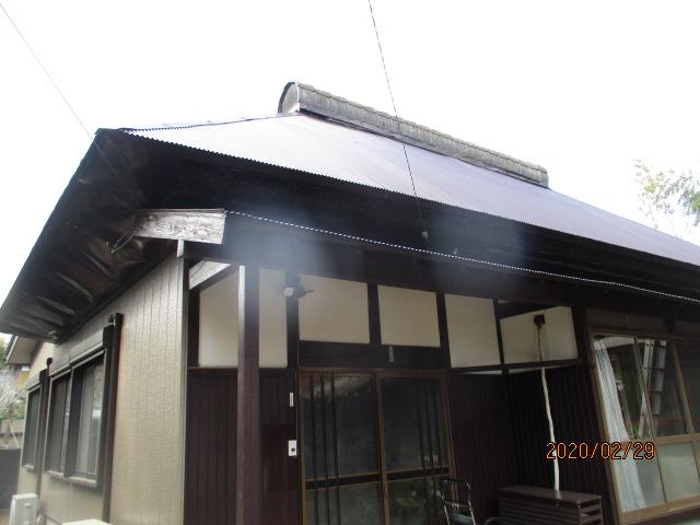 屋根葺き替え工事の