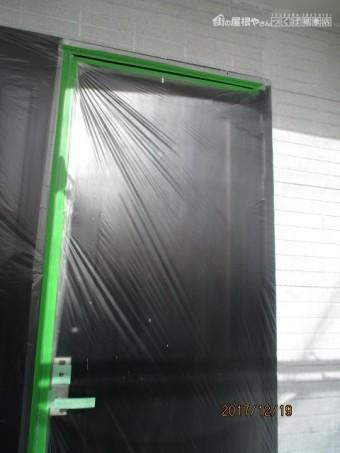 玄関口塗装工事
