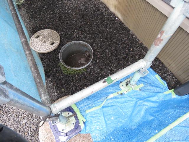 竪樋詰まり除去工事