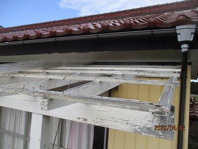 ベランダの屋根交換工事