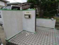 玄関前の門扉1