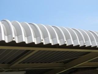 屋根カバー工法1