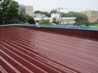 屋根の仕上げ塗装工事