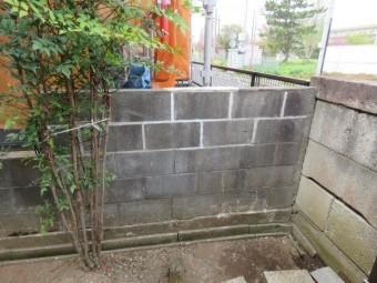 ブロック塀積み直し工事