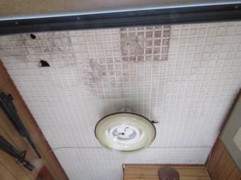 玄関天井工事3