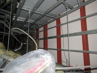 室内天井裏の雨漏り2