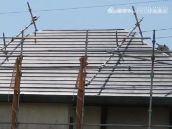 カバー工法で屋根葺き替え