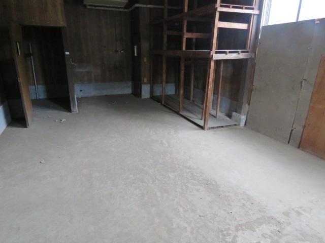 床コンクリート打設工事