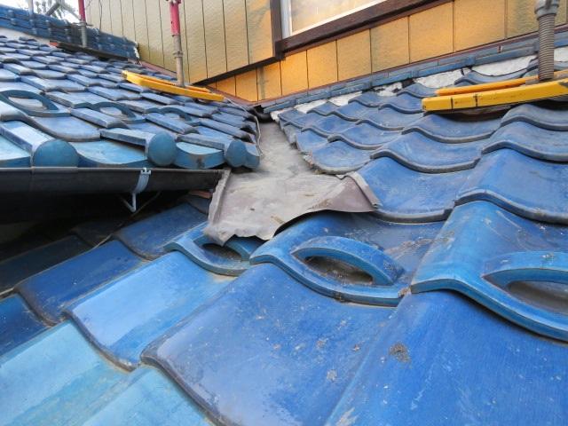 屋根の谷工事