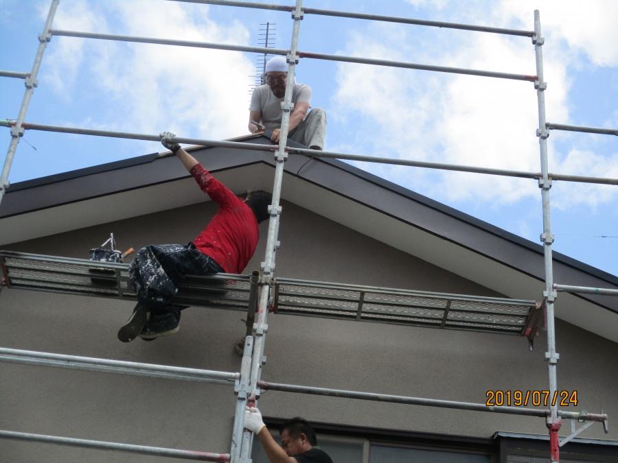 コロニアル屋根葺き