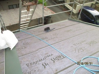 屋根葺き替え工事は